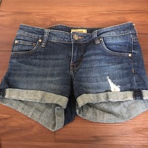 STS Blue denim shorts size 3 dark wash